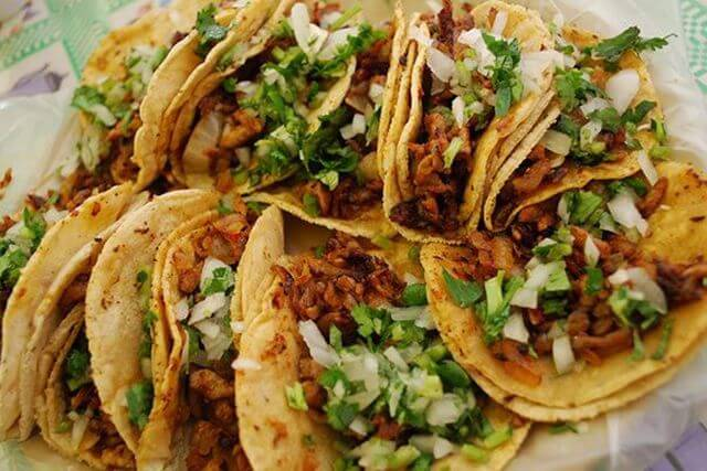 platillos mexicanos tacos el pastor: tacos de carne asada