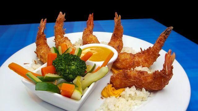 comida típica de china camarones fritos