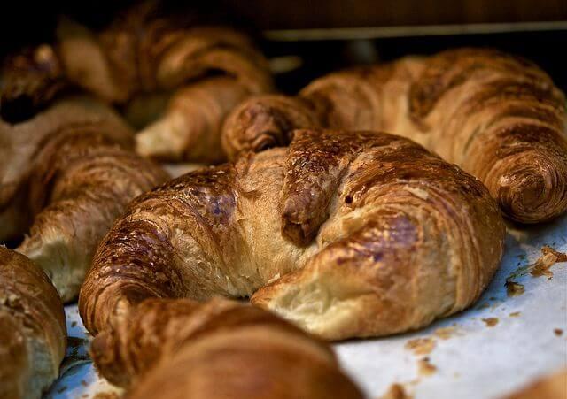 comida tipica de francia: el Croissant