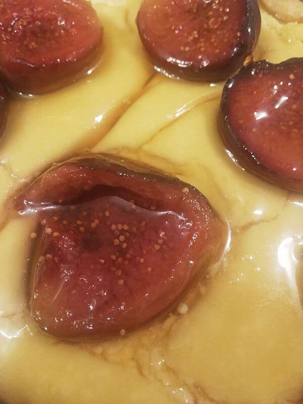 tarta de higos con requeson y miel