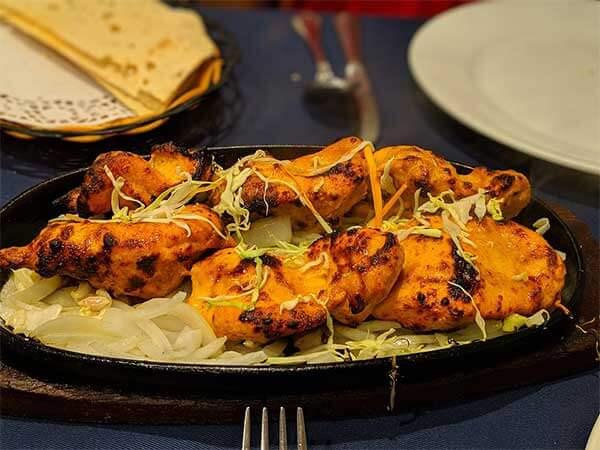 Pollo Tandoori: plato tipico de la india