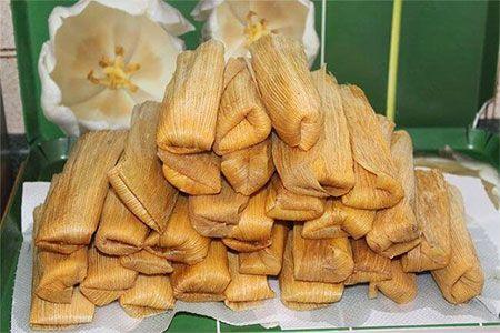 Tamales Con Molidos